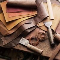 Кожа для сумок: какую используют мастера