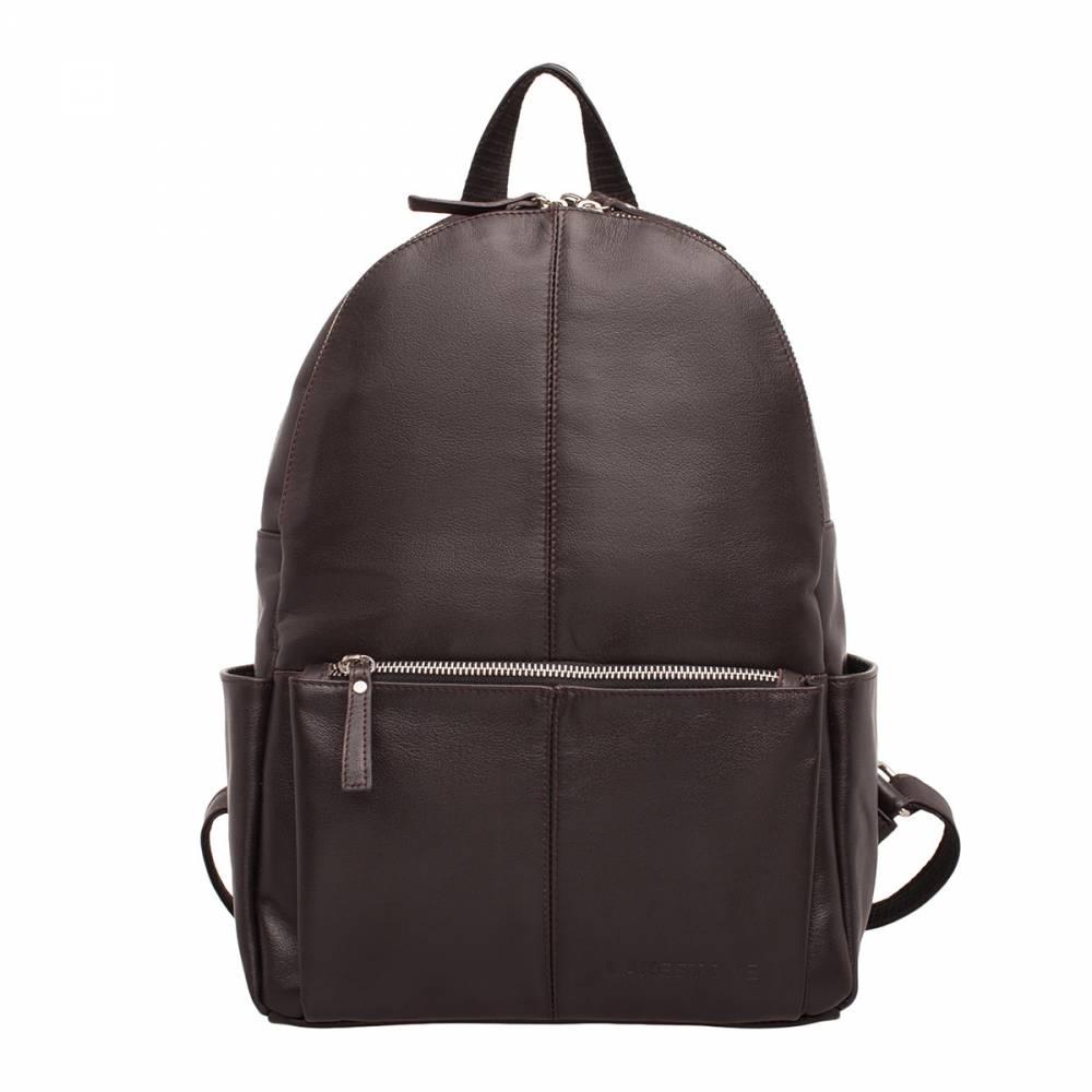 Женский рюкзак Belfry Brown&amp;lt;p&amp;gt;Может ли рюкзак быть женственным аксессуаром? Конечно может, если речь идет о представленной модели. Это стильное изделие, которое пошито из качественной натуральной кожи. Рюкзак оснащен двумя кожаными лямками, которые регулируются по длине и одной небольшой ручкой, для транспортировки изделия на запястье или в ладони. Аксессуар обязательно займет достойное место среди других женских атрибутов, а может быть даже станет фаворитом. Ведь с таким рюкзаком можно отправиться куда угодно, начиная от шоппинга по магазинам и заканчивая вечерней прогулкой по городу.&amp;amp;nbsp;&amp;lt;/p&amp;gt;<br>