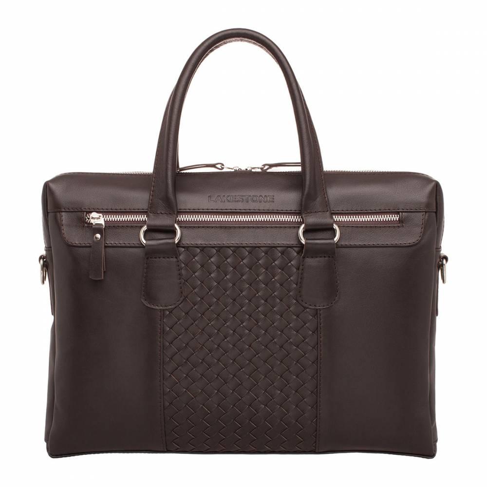 Деловая сумка Bramley Brown&amp;lt;p&amp;gt;Деловая сумка Bramley Brown станет стильным атрибутом преуспевающего бизнесмена. Она имеет достаточные размеры для того, чтобы в нее поместился ноутбук, папки с документами формата А4, ежедневник и прочие ежедневно необходимые деловому человеку предметы.&amp;lt;/p&amp;gt; &#13; &#13; &amp;lt;p&amp;gt;Данная модель деловой сумки имеет хорошо продуманное расположение внутренних отделов. В ней не потеряются мелкие вещицы – ключи, зажигалка, ручка. Для денег и ценностей предусмотрен карман на молнии, для тех предметов, которые всегда должны быть под рукой – два внешних, застегивающихся отделения. Носить эту сумку можно и в руке, и на плече. В комплект входит регулируемый кожаный ремень. Сумка отшита из натуральной кожи.&amp;lt;/p&amp;gt;<br>