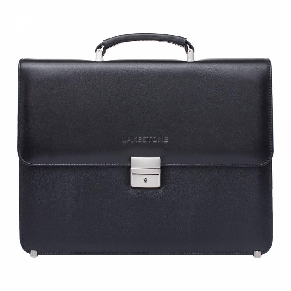 Портфель Braydon BlackОптимальное решение – стильный и&#13; строгий мужской портфель из благородной натуральной кожи. Качественное изделие&#13; с минималистичным дизайном, выглядит дорого и солидно. Снаружи нет лишних&#13; деталей – надежный замок и выбитый на коже лейбл. Этого достаточно, чтобы&#13; подчеркнуть презентабельность портфеля. Внутреннее пространство&#13; представлено одним основным отделением, которое разделено на две секции и&#13; дополнено карманами открытого и закрытого типа. Чтобы нижняя часть портфеля не&#13; затиралась и не изнашивалась, изделие оснащено металлическими упорами. Они же&#13; дают аксессуару дополнительную устойчивость.<br>