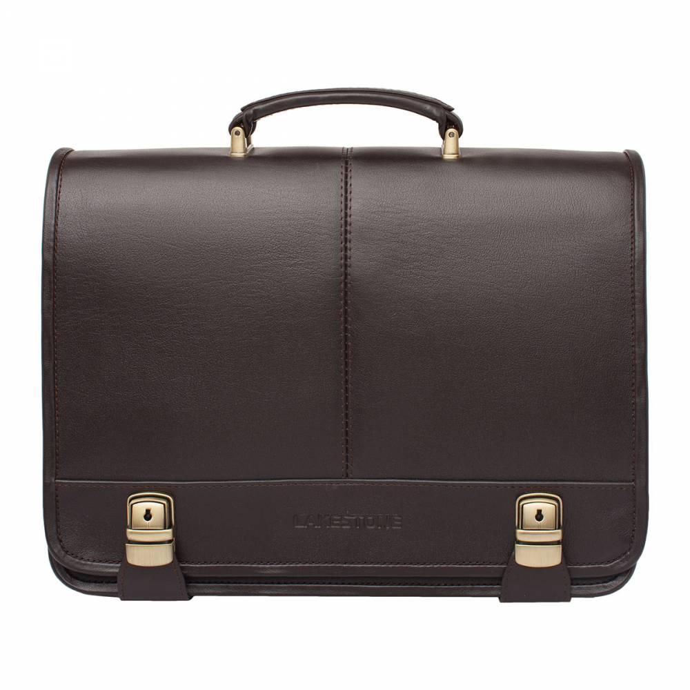 Портфель Canford BrownАксессуар в коричневом цвете&#13; всегда выглядит очень привлекательно, тем более, если это строгий деловой&#13; портфель, который полностью пошит из качественной натуральной кожи. Интересно и&#13; необычно расположены замки на портфеле – они как бы выходят из-под его дна,&#13; охватывая изделие по всей окружности. Это придает ему еще более надежный вид. Внутреннее пространство&#13; организовано просто идеально. В нем найдется место для ноутбука, для&#13; документов, для канцелярии, смартфона и прочих атрибутов современной жизни&#13; делового мужчины. Если возникнет такая необходимость, то портфель можно&#13; транспортировать с помощью плечевого ремня. Это очень удобно в командировках,&#13; когда руки заняты более тяжелым багажом.<br>