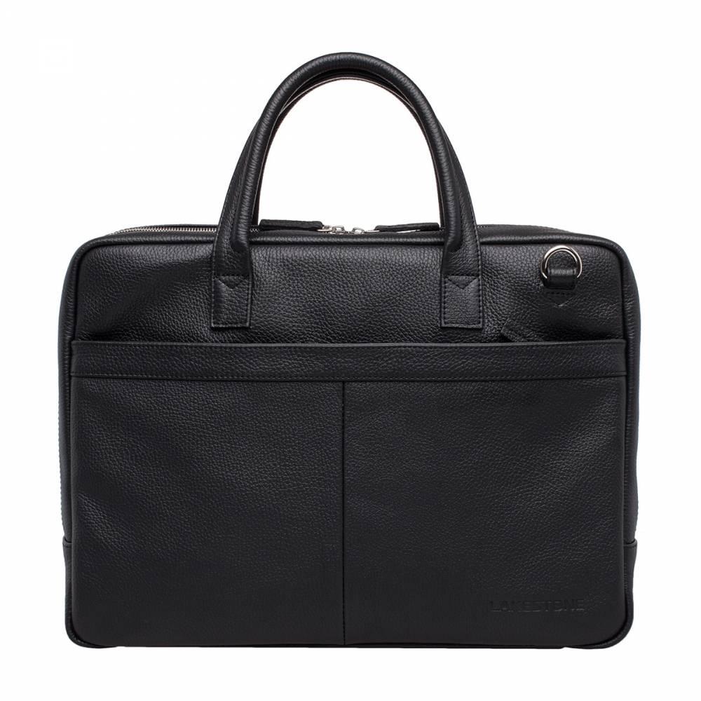 Деловая сумка Carter BlackПрекрасная кожаная модель с широким углом раскрытия молнии, что обеспечивает удобный доступ к внутреннему содержимому сумки. Очень выдержанный дизайн, натуральная кожа, качество которой проверено временем, множество отделений и карманов - данная модель прекрасно дополнит образ современного делового мужчины.&amp;amp;nbsp;<br>