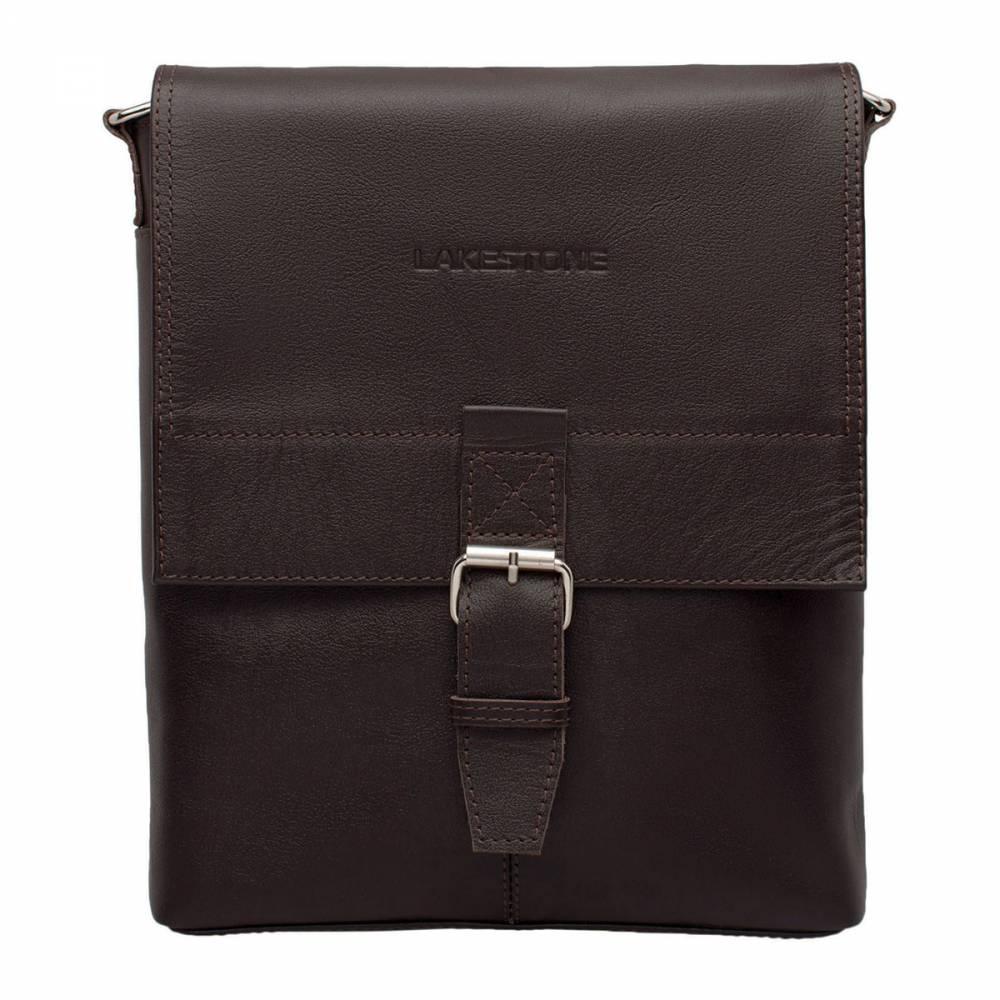 Сумка через плечо Charles BrownКачественная сумка для активного и целеустремленного мужчины. Это изделие отвечает всем требованиям современности. Оно мобильное, компактное, стильное, с ним очень комфортно на протяжении целого дня. Внутреннее пространство очень эргономично. В него без проблем войдут документы формата А4 и прочие необходимые в повседневной жизни вещи. Сумка полностью пошита из качественной натуральной кожи, а это является самым надежным залогом долгой службы.<br>