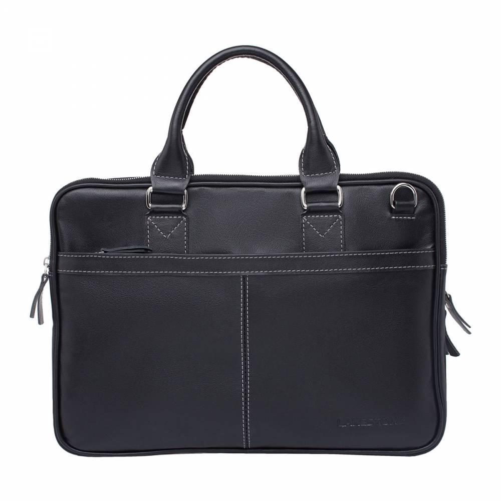 Деловая сумка Cromwell BlackДеловая мужская сумка в которой не найдешь ни одной лишней&#13; детали. Дизайн изделия строго выверен, а качество исполнения находится на&#13; высшем уровне. Сумка выполнена из натуральной кожи, которая при правильном&#13; уходе, будет отличаться безупречным внешним видом на протяжении многих лет. Да&#13; и дизайн аксессуара никогда не потеряет актуальности, ведь классика просто не&#13; может выйти из моды. Внутри изделия есть два отделения, каждое из которых не&#13; зависит друг от друга. Сумка способна вместить в себя не только деловую&#13; документацию, но и ноутбук до 14 дюймов в диагонали. Практичное изделие, с&#13; которым расстаться будет очень сложно.<br>