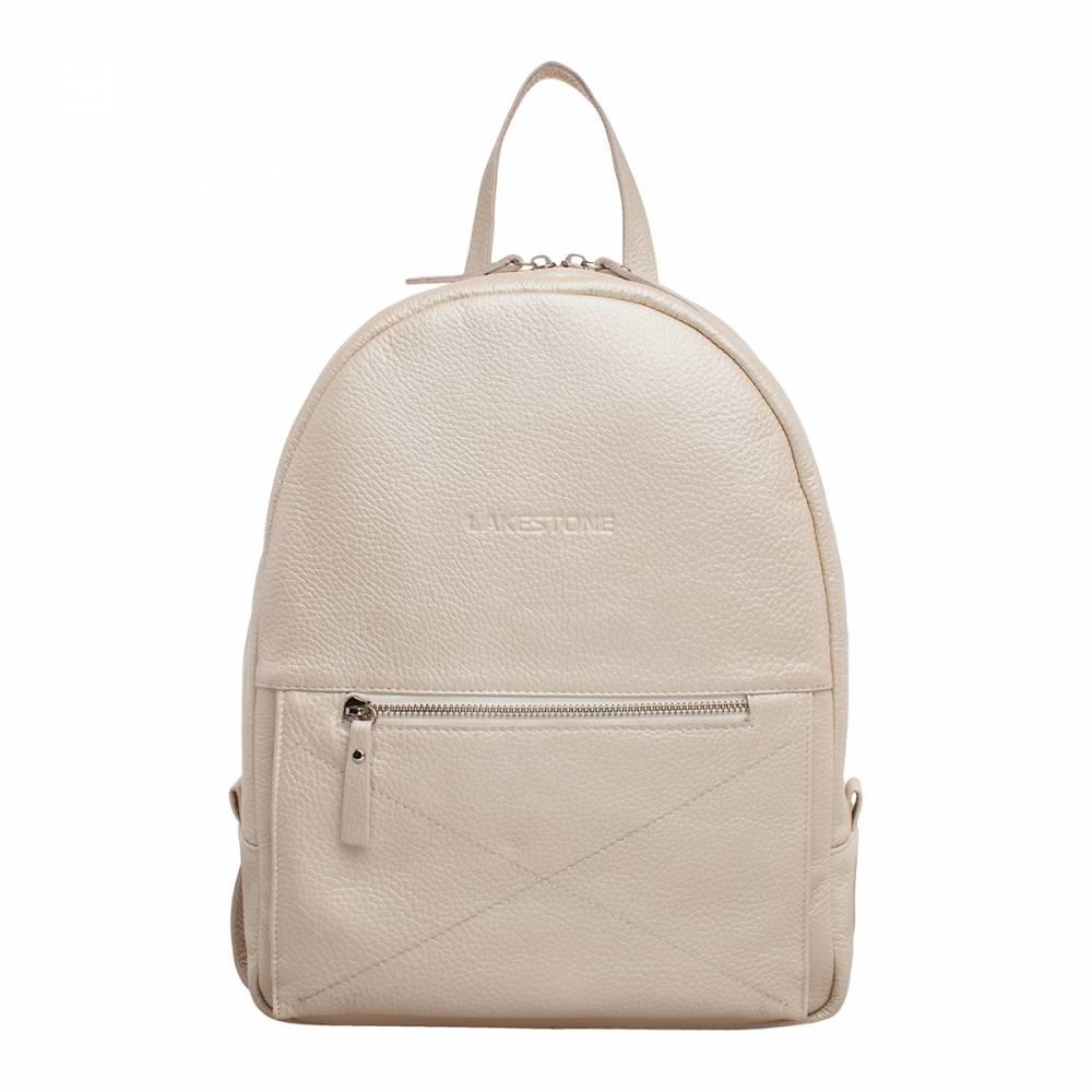 Женский рюкзак Darley Beige Pearl&amp;lt;p&amp;gt;Стильный и невероятно нежный рюкзак для девушек, которые разбираются в модных тенденциях. Этот аксессуар на 100% пошит из натуральной кожи, поэтому он прослужит своей обладательнице не один год. &amp;lt;/p&amp;gt;&amp;lt;p&amp;gt;Рюкзак имеет плавные формы, благодаря чему его можно сочетать не только со спортивным стилем, но и с классическими образами. Изделие довольно компактное, но несмотря на это, оно вмещает в себя достаточно габаритные вещи, например, бумаги формата А4 и ноутбук диагональю до 14 дюймов. Внутренняя секция не имеет лишних перегородок, но дополнено карманом закрытого типа. Это очень актуально для девушек, которые всегда имеют при себе множество мелких вещей. &amp;lt;/p&amp;gt;&amp;lt;p&amp;gt;Лямки рюкзака также пошиты из натуральной кожи, что самым лучшим образом скажется на их долговечности. Это практичное и модное изделие должно быть в гардеробе каждой женщины.&amp;amp;nbsp;&amp;lt;/p&amp;gt;<br>