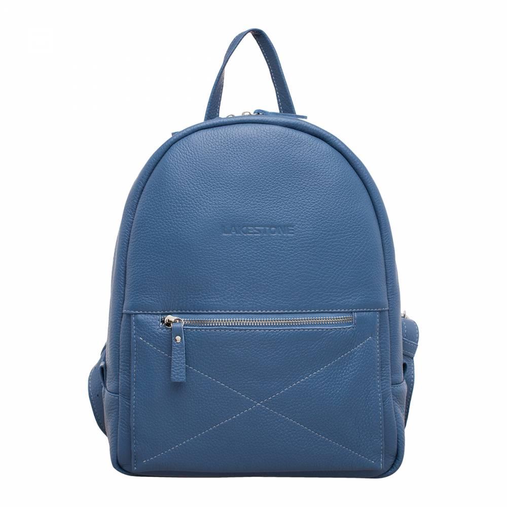 Женский рюкзак Darley Blue&amp;lt;p&amp;gt;Достаточно один раз взглянуть на представленную модель, чтобы понять – она заслуживает внимания. Рюкзак, с плавными женственными формами, пошитый из качественной натуральной кожи светло-синего цвета – это настоящая находка для любой представительницы прекрасной половины человечества, которая разбирается в модных тенденциях. &amp;lt;/p&amp;gt;&amp;lt;p&amp;gt;Аксессуар выглядит невероятно стильно. Карман на фронтальной стороне изделия служит не только местом для хранения вещей, но и выступает как элемент декора. Внутреннее пространство рюкзака грамотно организовано. Оно не имеет лишних секций и перегородок, которые бы ограничивали его вместительность. Однако, внутри изделия есть карманы открытого и закрытого типа, позволяющие иметь при себе множество мелких вещей. &amp;lt;/p&amp;gt;&amp;lt;p&amp;gt;Рюкзак, даже при полной загруженности, отлично держит форму. Его удобно транспортировать за спиной и просто в ладони. Все лямки и ручки изготовлены из натуральной кожи, которая не только отлично смотрится, но и является весьма практичным материалом. Такому аксессуару не страшны любые погодные условия.&amp;amp;nbsp;&amp;lt;/p&amp;gt;<br>