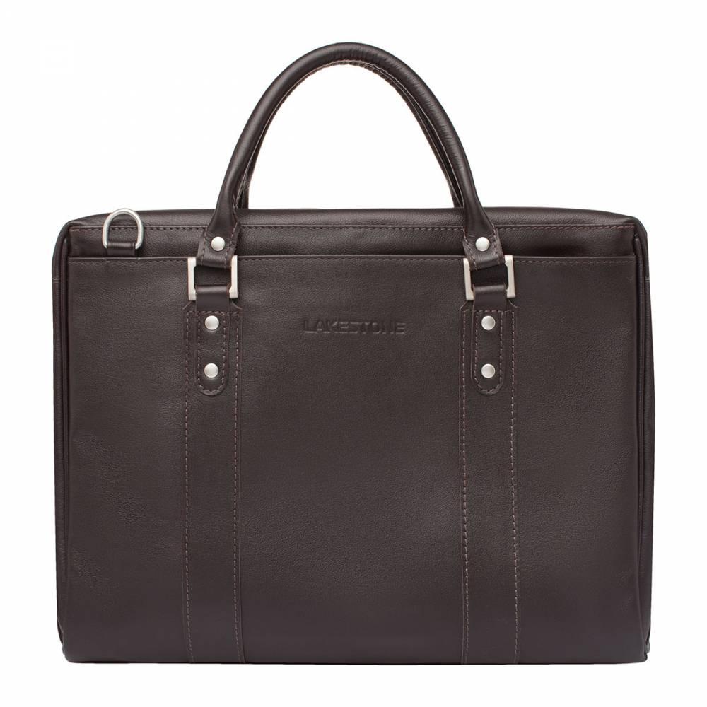 Деловая сумка Draycot BrownМужская деловая сумка может должна быть не только&#13; функциональной, но и стильной. Представленное изделие отличается строгостью&#13; форм и качеством исполнения. Сумка обладает своим характером – напористым и&#13; по-мужски жестким. В то же время она не лишена чувства стиля. Изделие очень практично в использовании. Внутрь него можно&#13; поместить ноутбук до 14 дюймов в диагонали, все необходимые документы и вещи.&#13; Сумка является оригинальным экземпляром, так как это ручной труд&#13; профессиональных мастеров. Каждая деталь проработана с особой тщательностью,&#13; поэтому в качестве и надежности изделия можно не сомневаться.<br>