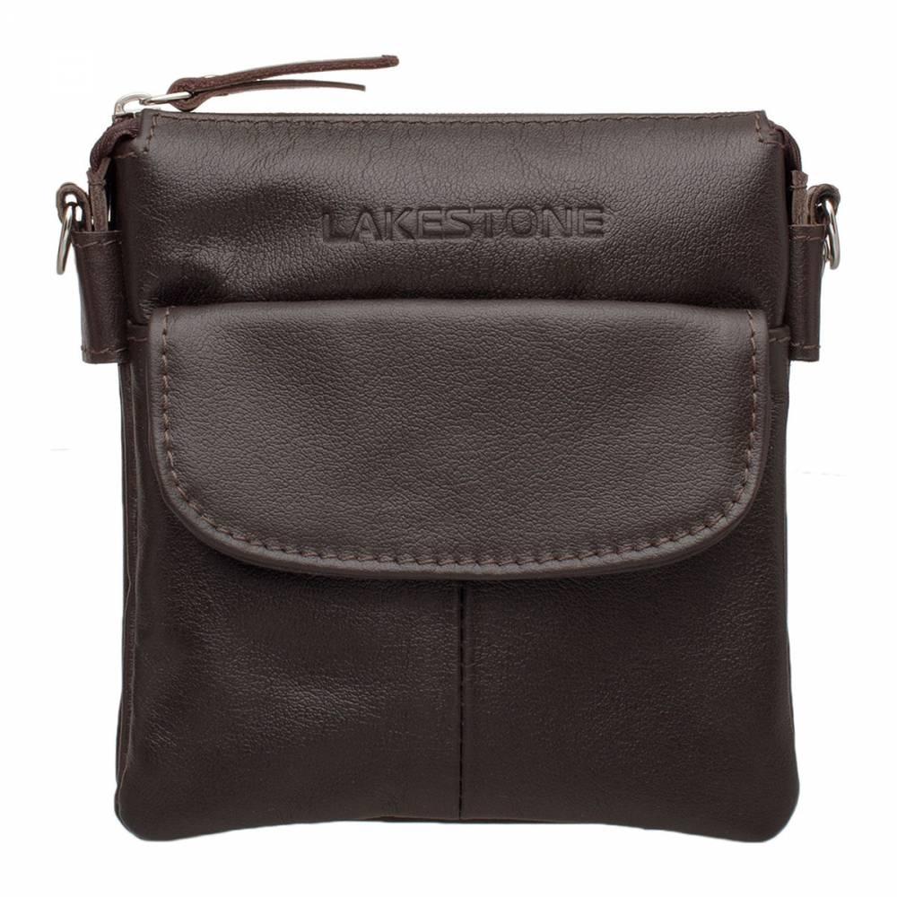 Небольшая кожаная сумка через плечо Osborne BrownОчень удобная сумка через плечо, которая несмотря на свои&#13; компактные размеры обладает внушительной вместительностью. Изделие полностью&#13; выполнено из натуральной кожи высшего сорта, которая прослужит своему&#13; обладателю на протяжении многих лет и не утратит былой привлекательности. Изделие собирается вручную на всех этапах его производства,&#13; что обеспечивает качество его исполнения. Внутри найдется место для документов&#13; формата А6, для средства связи, для ежедневника и прочих необходимых в&#13; повседневной жизни вещей. Способ транспортировки сумки – через плечо, что очень&#13; удобно, так как позволяет на протяжении всего времени оставлять руки&#13; свободными.<br>