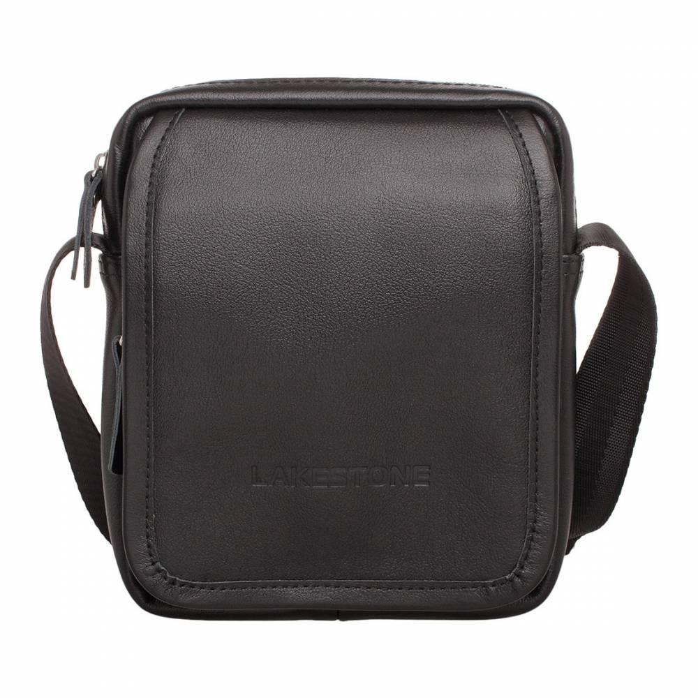 Небольшая кожаная сумка через плечо Parker Black&amp;lt;p&amp;gt;Практичная и современная, универсальная и многофункциональная сумка через плечо. Подобные аксессуары плотно вошли в жизнь мужчин, так как позволяют делать жизнь комфортнее. Сумка не обременяет своей тяжестью, позволяет оставлять руки свободными, но при этом все необходимые вещи будут в непосредственном доступе. &amp;lt;/p&amp;gt;&#13; &amp;lt;p&amp;gt;Изделие пошито из качественной натуральной кожи черного цвета, имеет сдержанный, но продуманный дизайн. Внутреннее отделение единое, без лишних перегородок, но оснащено карманом для хранения смартфона. Практичный помощник на каждый день, который осталось только купить. &#13; &amp;lt;/p&amp;gt;<br>