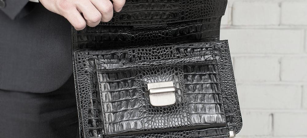 Трендовые сумки под кожу рептилий: разбираемся в нюансах выбора